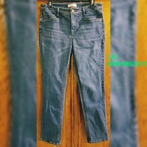 J.Jill smooth fit straight leg Jean's